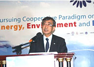 Mr. Takahashi, JGA Vice Chairman, presenting a member economy report